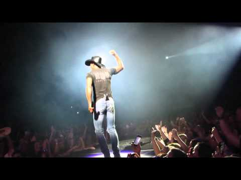 Indian Outlaw - Tim McGraw - Edmonton, AB - July 22, 2014 - Rexall Place