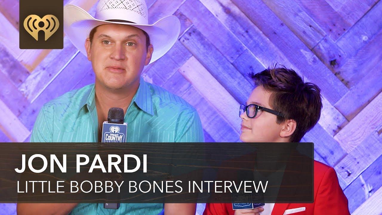 Jon Pardi Teaches Little Bobby Bones How To Pronounce Bocephus | 2018 iHeartCountry Festival