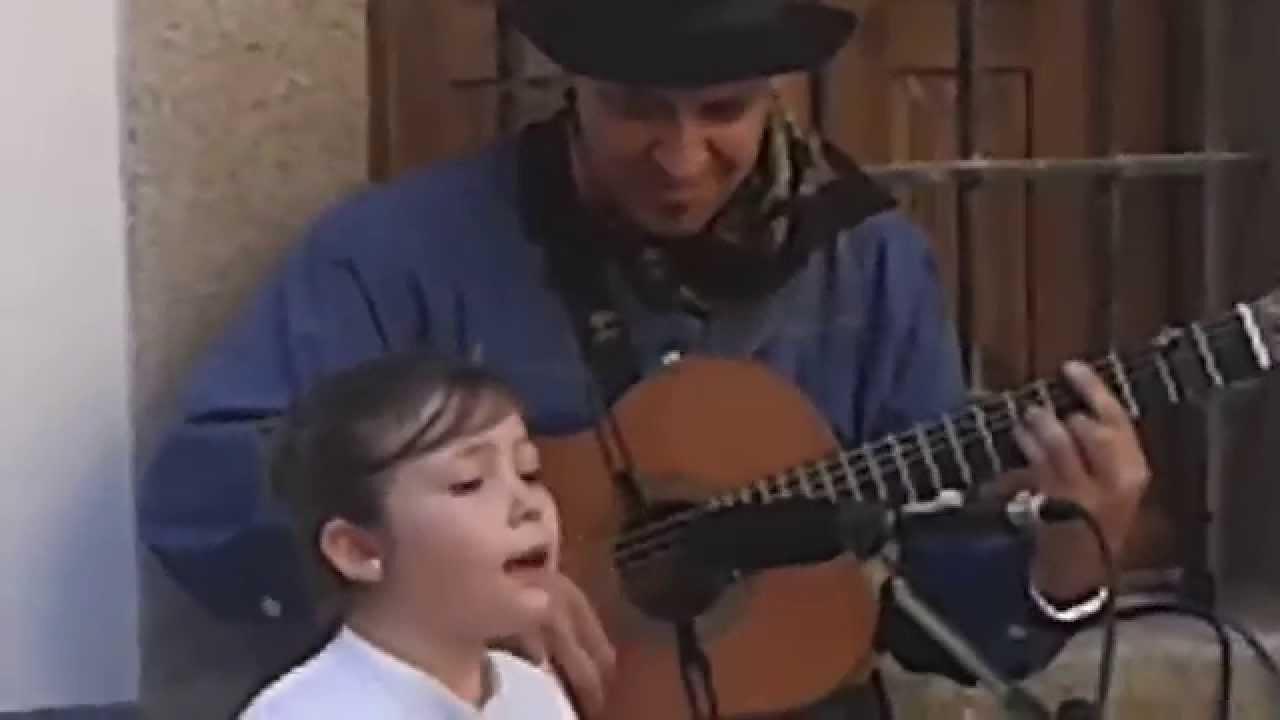 Cantar Romance durante el recorrido histórico de