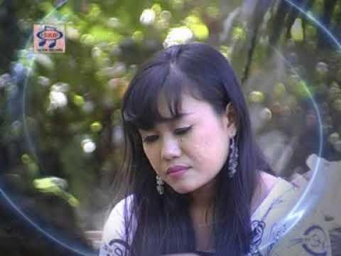Niken Arisandi - Mego Gemantung