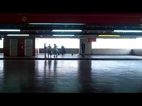 Da estação Itaquera até a estação Barra Funda no metrô de São Paulo