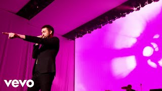 Kasabian - eez-eh (live in leicester)