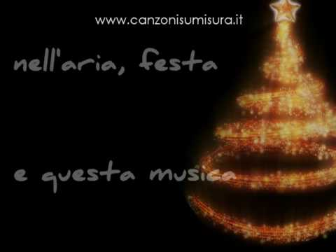 Auguri Di Natale A Una Persona Speciale.Gli Auguri Di Natale Piu Romantici Del Mondo Una Canzone Di