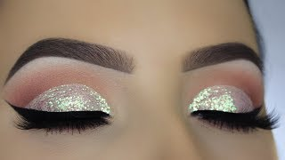 Glitter Diamond Dust Cut Crease Tutorial!