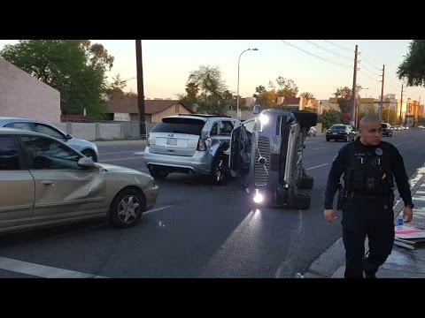 Uber halts driverless car programme after Arizona crash