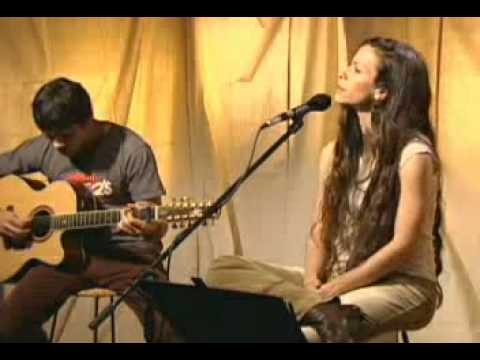 Alanis Morissette Acoustic and Unplugged on Spotify