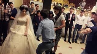 Лезгинка с невестой .Можно ограбить если что😎 шутка