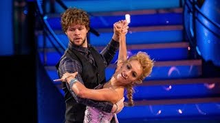 Jay McGuiness & Aliona Vilani Quickstep to