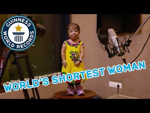The World's Shortest Woman - GWR Beyond The Record