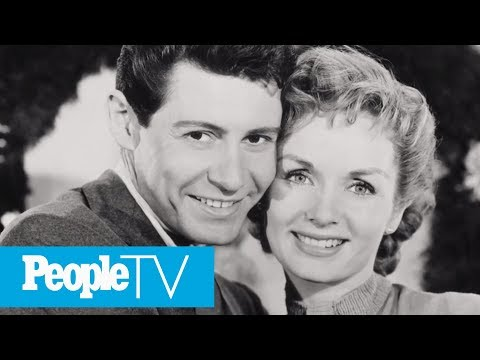 Joely Fisher Opens Up About Her Unconventional Family Dynamic | PeopleTV | Entertainment Weekly
