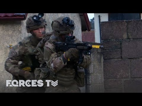 Bomb Disposal During a Firefight: EOD for the Marines and Paras | Forces TV