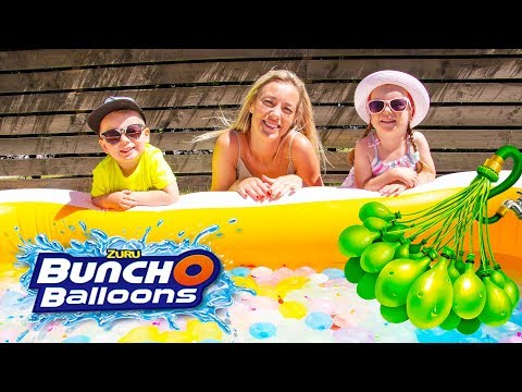 Pretend Play Water Balloons Fight With Gaby Alex And Mommy