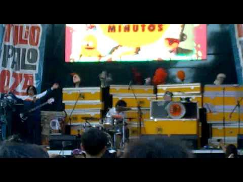 31 Minutos - Lollapalooza Chile 2012 - Mala - Guaripolo - Yo nunca vi televisión - Despedida mp3