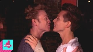 The Vamps: Kissing | Record Breakers