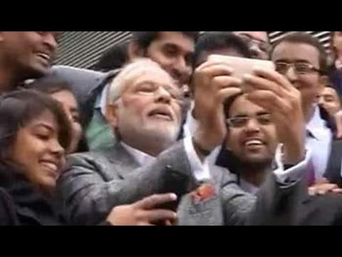 PM Narendra Modi clicks selfie with Indian students in France