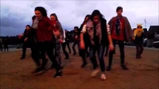 flash mob  Camille R copines et copains 14 ans