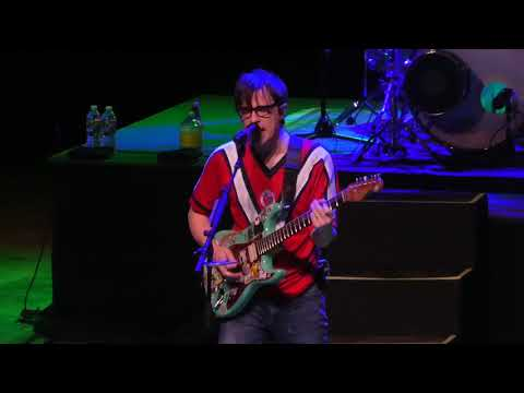 """Buddy Holly & Hash Pipe"" Weezer@The Met Philadelphia 12/12/18"