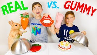 REAL VS GUMMY FOOD CHALLENGE - Trucs réels ou Bonbons ?