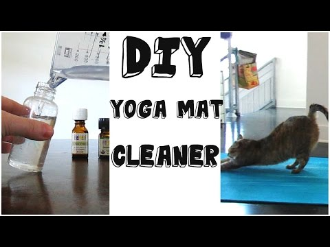 *yoga-mat-cleaner-diy*/-exercise-cleaning-spray-recipe