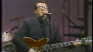 Elvis Costello - Man Out Of Time (Live)