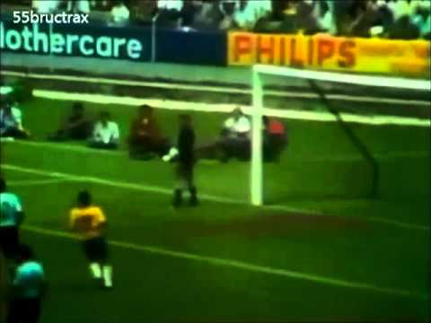 1970 Pelé vs Uruguay - World Cup Semifinal