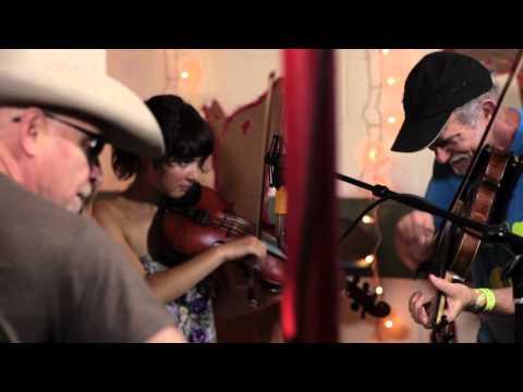 Bruce Molsky - I Get My Whiskey From Rockingham (Live @Pickathon 2012)