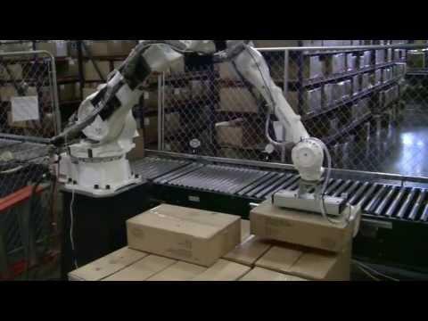 YASKAWA Motoman MPL80 robot -- depalletizing mixed-cases from Universal Robotics, Inc.
