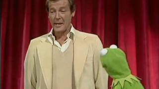 Roger Moore at The Muppet Show 4 4 The End