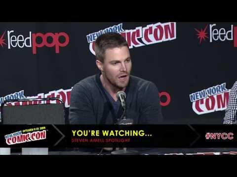 Stephen Amell at NYCC 2014 Full Panel Appearance