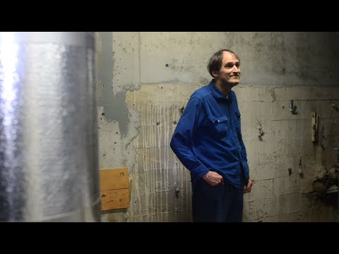 Sneaking into UW's steam tunnels with Tunnel Bob | The Badger Herald