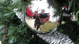 Repeat youtube video Christmas With Pranksters EXTRAS!!