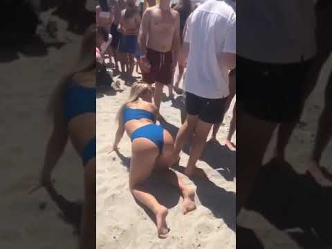 Doc Reno - Beach Babes Pull Off Classic Prank