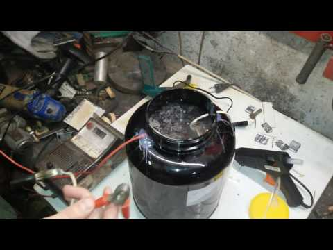 Making a  Hydrogen Generator - HHO GAS
