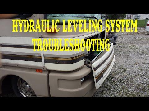 HYDRAULIC JACKS LEVELING SYSTEM TROUBLESHOOTING FLEETWOOD BOUNDER / FULL TIME RV , VLOG