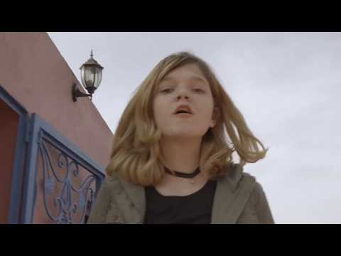 Eugenio Bennato - Eugenia e Hajar (Official Video)