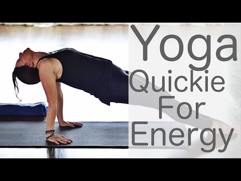 10 Minute Yoga Quickie for Energy with Fightmaster Yoga