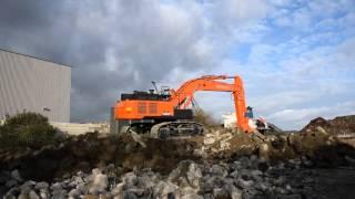Hitachi Zaxis ZX 490-6 LCH excavator.