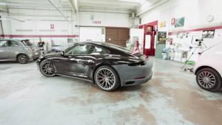 Porsche carrera 4s 911 bumper repair by Carrozzeria Opitergina