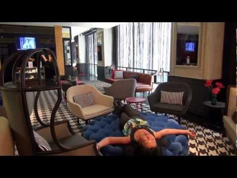 Travel Australia: QT Hotel, Sydney