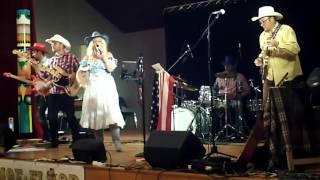 Concert LEE AMBER JONES à PLURIEN (22 ) le 26/09/15  WALK OF LIFE