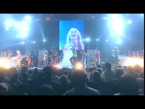 Britney Spears 'Baby One More Time'|HD|OIDIA Tour Live from Lodon