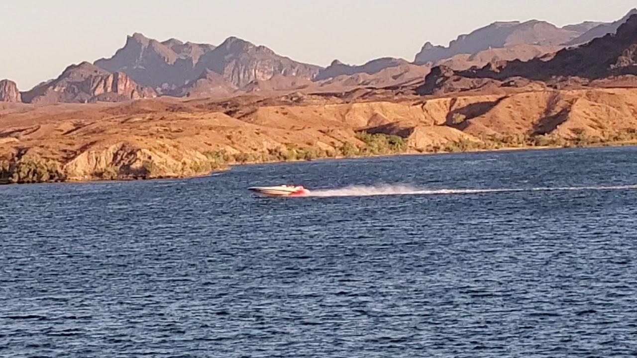 Speed Boat Zipping By Our AirBnB Trailer - Sam's Beachcomber Resort, Lake  Havasu City, AZ - S10e