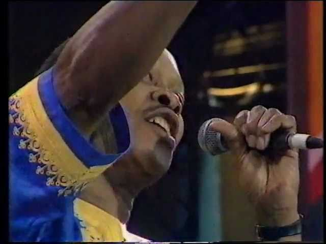 JONAS GWANGWA:(SOMETHING INSIDE),SO STRONG [LIVE 1990]