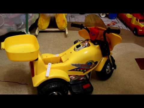 установка 12 вольтовой АКБ на детский электромотоцикл