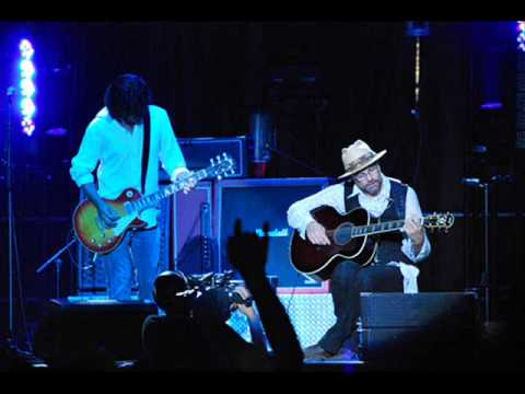 The Tragically Hip - Boots Or Hearts (Live Bootleg)