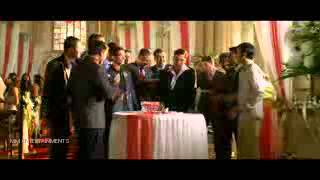HOLIDAY Theatrical Trailer  Akshay Kumar, Sonakshi
