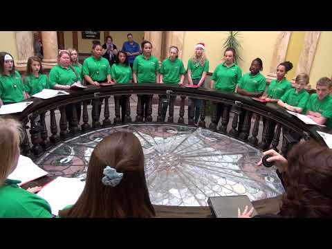 Robidoux Middle School Caroling in the Rotunda