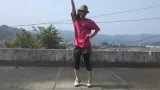 衣替えしていたら後藤真希ちゃんのTシャツが見つかり、無性にこの曲を踊...