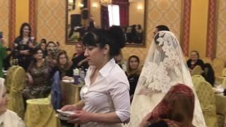 Альбина Казакмурзаева на свадьбе