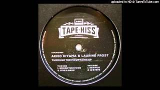 Laurine Frost & Akiko Kiyama - Newmud.